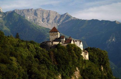 Vaduzský hrad, sídlo královské rodiny