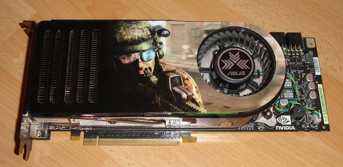8800GTX karta s originálním chladičem