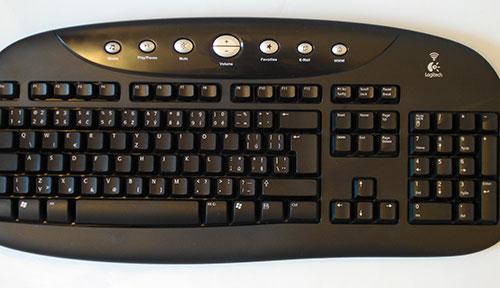 klávesnice Logitech