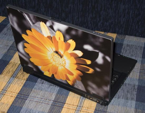 SkinBook motiv s včelkou - foto 2
