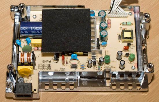 TViX M-6500A interní napájecí zdroj